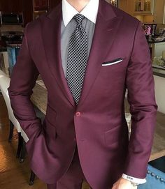 Worry no more my man! Because we've got the most Stylish Wedding Suit Styles For Nigerian Men which you could choose from the best naija men wedding suits styles of Maroon Suit, Burgundy Suit, Blue Suit Men, Wedding Suit Styles, Wedding Suits, Trendy Wedding, Best Suits For Men, Cool Suits, Mens Fashion Suits