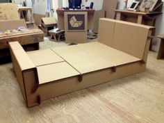 Cardboard Bed Frame - Loft bed frames are types of frames that are generally fashionably designed for an alternative style o Diy Cardboard Furniture, Cardboard Design, Paper Furniture, Cardboard Paper, Cardboard Crafts, Furniture Projects, Furniture Making, Modern Furniture, Furniture Design
