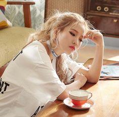 Soyeon (G)idle