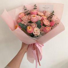Beautiful Bouquet Of Flowers, Beautiful Flower Arrangements, My Flower, Flower Power, Floral Arrangements, Beautiful Flowers, Bloom Where Youre Planted, Luxury Flowers, Flower Aesthetic