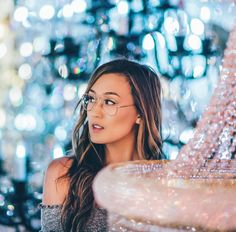 3.6m Followers, 680 Following, 2,279 Posts - See Instagram photos and videos from Lauren Riihimaki (@laurdiy)