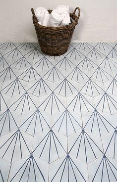Dandelion - icicle/marine My favourite cement tiles ! Cement Tiles Bathroom, Bathroom Flooring, Mosaic Tiles, House Tiles, Wall And Floor Tiles, Wall Tiles, Decoration Inspiration, Bathroom Inspiration, Blue Moroccan Tile