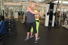 News Elizabeth Hashagen visited Sky Athletic and learned the med ball pass exercise. Medicine Ball, Keep Fit, 12 Weeks, Sporty, Exercise, Athletic, Sky, Shape, Learning