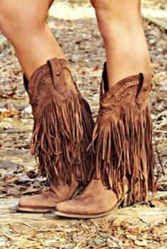 Premium handmade Italian leather boots from Southern Fried Chics. Saved to Shoes, Glorious Shoes 🙆👠👡👢👣💞🙌. Boho Boots, Fringe Boots, Cowgirl Boots, Western Boots, Cowgirl Chic, Biker Boots, Western Wear, Crazy Shoes, Me Too Shoes