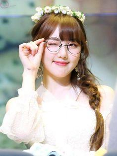I love Yerin Kpop Girl Groups, Kpop Girls, Sad Eyes, Mary Elizabeth Winstead, Cyber Attack, Im Nayeon, Kelly Brook, G Friend, Keira Knightley