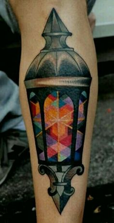 This geometric Lantern tattoo by Marcin Aleksander Surowiec is fucking cool. Lightposts and lanterns are almost passe but this is terrific. Rather light one candle thancurse the darkness. See Tattoo, Tatoo Art, Tattoo You, Tattoo Pics, Great Tattoos, Beautiful Tattoos, Body Art Tattoos, Tatoos, Color Tattoos