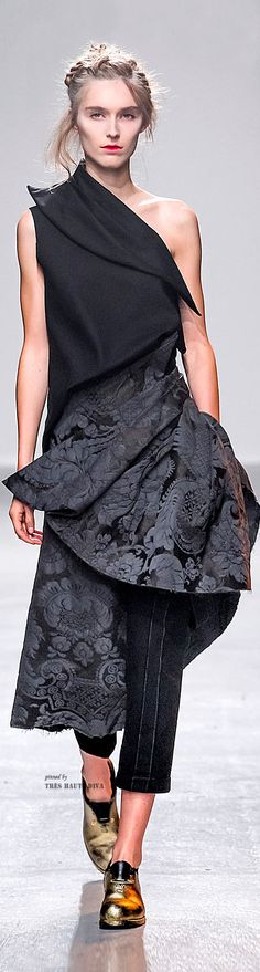 DEFINITELY not thin enough...but love the unique look....#Paris FW Aganovitch Spring Summer 2015 RTW
