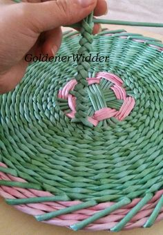 Плетение из газетных трубочек: Ручка косичка, колосок. Быстро. Просто.