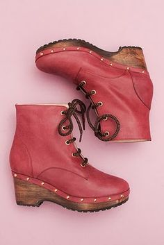 ankle boot clog LOVE THEESE