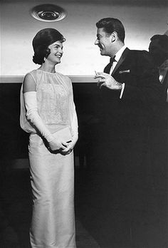 Jackie Kennedy & Peter Lawford (© Time Life Pictures/Getty Images)