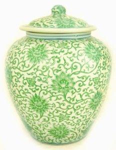 CHINESE GREEN WHITE GINGER JAR Ceramic Vase w/ Lid New