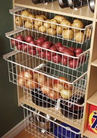 Speisekammer organisieren Ideen Pantry organize ideas, # Ideas The post Pantry organize ideas appeared first on Robin is Life. Kitchen Pantry, Diy Kitchen, Kitchen Storage, Kitchen Ideas, Organized Kitchen, Messy Kitchen, Pantry Shelving, Kitchen Cabinets, Wire Shelving