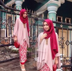 Kebaya Lace, Batik Kebaya, Batik Dress, Kimono, Modest Bridesmaid Dresses, Modest Dresses, Modest Outfits, Kebaya Muslim, Muslim Dress