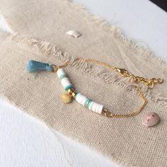 Summer bracelet, Heishi beads and seashells Diy Bracelets Patterns, Diy Beaded Bracelets, Summer Bracelets, Bohemian Bracelets, Seed Bead Bracelets, Colorful Bracelets, Ankle Bracelets, Boho Jewelry, Beaded Jewelry