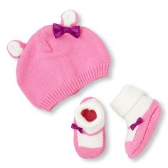 Keep her extra warm and snug with this cute set!#bigbabybasketsweeps