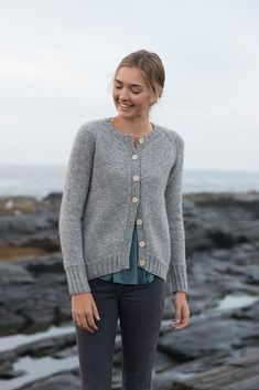 Shore Cardigan pattern by Carrie Bostick Hoge - Pulli Stricken Sweater Knitting Patterns, Cardigan Pattern, Knit Patterns, Knit Cardigan, Hand Knitting, Carrie, Dress Gloves, Yarn Brands, Mode Style