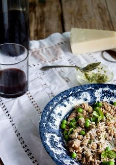 Pasta with mint pesto and peas - Freshness for  Friends:
