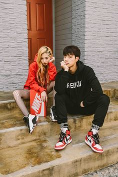 KOREANMODEL street-style project. Model : Lee Chae Eun (Freelance based in Seoul) & Lee Ho Yeon (Esteem) Korean Model Instagram:instagram.com/koreanmodel Lee Chae Eun Instagram:instagram.com/rockchaeeun Lee Ho Yeon...