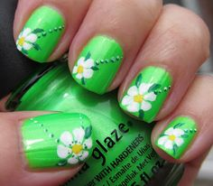 Nail art green + flowers, from mariasnailpolishblog.blogspot.dk