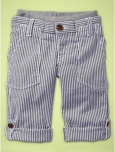 These railroad pants from the Gap are so super cute. They look comfy too, with the built in stretch waist band.