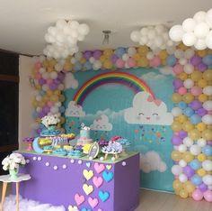 Rainbow Party Decorations, Girl Birthday Decorations, Kids Party Themes, Balloon Decorations, Birthday Goals, 1st Birthday Girls, Rainbow Birthday Party, Unicorn Birthday Parties, Baby Party