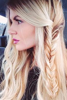 Five-Minute Holiday Easy Hairstyles ★ See more: http://lovehairstyles.com/five-minute-holiday-easy-hairstyles/