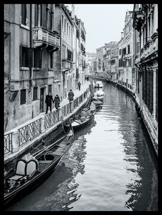 https://flic.kr/p/RkNJbL | Winter in Venice | A monochrome photo of Venice in the winter.  The photo was taken using a Panasonic 20mm pancake lens and Olympus OM-D E-M10 camera. Black & white processing in Lightroom and Nik's Silver Efex Pro.