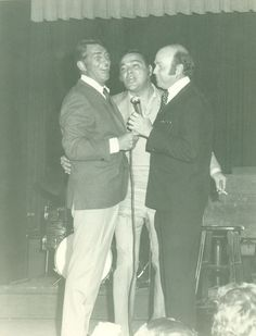 pictures of dean martin and sonny   Dean Martin, Sonny King & Don singing on stage
