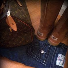 Fall/Winter 2015 Must Have- Uggs & True Religion Jeans Only Fashion, Womens Fashion, Fashion Trends, My Life Style, My Style, Georgie, Ugg Boots Sale, Casual Outfits, Cute Outfits