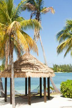 Beach Chic Cayman Islands Wedding | Paul Vincent Photography