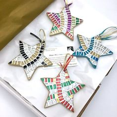 Items similar to Set of of 2 or 4 Mosaic Star Ornaments, Mosaic Christmas, Star Christmas Ornaments, Mosaic Star Ornament, Modern Holiday Hostess Gift on Etsy Mosaic Tile Art, Mosaic Vase, Mosaic Crafts, Mosaic Projects, Mosaic Ideas, Ice Lolly Stick Crafts, Craft Stick Crafts, Craft Ideas, Christmas Mosaics