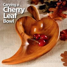 3711-Carving Leaf Bowl