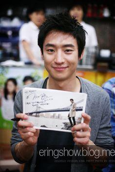 lee je hoon Tomorrow With You, Lee Je Hoon, I Hate You, Party Photos, Celebs, Celebrities, Korean Actors, Gorgeous Men, Beautiful Creatures