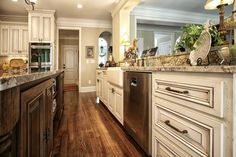 A Very Large Kitchen With Two Islands For Plenty Of Work Space And Entertaining Kitchen