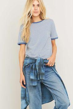 Urban Outfitters – Gestreiftes T-Shirt in Blau