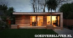 "This is a ""Granny Annex"" in Kent, England, fabricated by in.studios in eight weeks.studios fashioned the backyard prefab with a well-insulated envelope, Canadian Western Red Cedar cladding, a ""zero maintenance"" living Cedar Cladding, Cedar Siding, Casas Containers, Living Roofs, Granny Flat, Large Granny, Garden Buildings, Garden Houses, Garden Office"