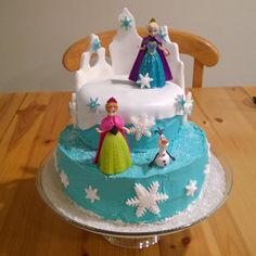 Amazing decoration of a Disney's Frozen cake. Made by my wife for my daughter's 3rd birthday.