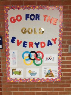 Olympic school nurse bulletin board- go for the gold everyday.  Healthy habits for life