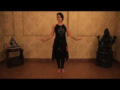 Learn the fundamentals of a chest shimmy exclusively by Meher Malik. In this lesson, Meher will show you the correct techniques posture and a step by step br. Belly Dancing Videos, Belly Dancing For Beginners, Dance Videos, Belly Dance Lessons, Dance Books, Belly Dance Outfit, Dancing Day, Tribal Belly Dance, Learn To Dance
