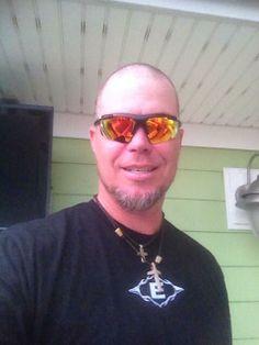 Chipper Jones shaves his head for Cancer Awareness! Chipper Jones, Mirrored Sunglasses, Mens Sunglasses, Braves Baseball, Rock Bottom, Atlanta Braves, Cancer Awareness, Fund Raiser, Hair Cuts