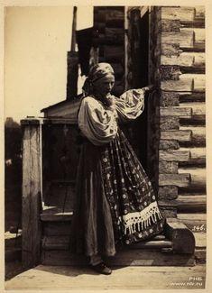 Фотограф Вильям Каррик (1827—1878)Крестьянка Тверской губернии. 1870-е
