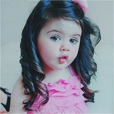 cute kids, I want a grand baby that looks like her black hair and beautiful green eyes!