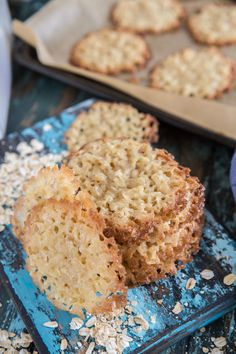 Havreflarn – Recept på knäckiga havreflarn | Fredriks fika Krispie Treats, Rice Krispies, Fika, Tart, Cookies, Baking, Breakfast, Sweet, Desserts