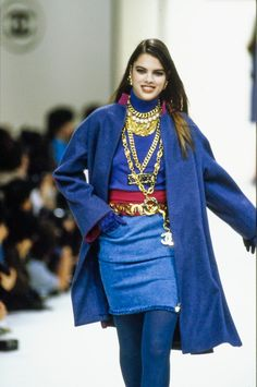 Fashion Week, 90s Fashion, Runway Fashion, High Fashion, Fashion Show, Fashion Outfits, Womens Fashion, Fashion Models, Vintage Fashion