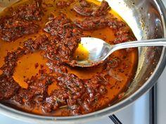 (not) sun dried tomato sauce - Budget Bytes
