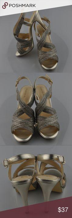 "NIB Maripe Zara Gold Sparkle Heels Sz 7.5 Shoes are brand new in box never been worn  Leather outsole 4 1/2"" heel Approx 7/8"" Platform  Smoke free pet friendly home  Internal SKU: SHOE2 Maripe Shoes Heels"