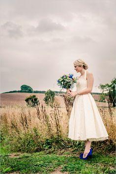 rainy day bride @weddingchicks