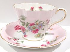 Daisy Salisbury Tea Cup and Saucer, China Tea Cups, Pink Flower Cup, China Teacups, Antique Tea Cups, Vintage Tea Party, Daisies Cup