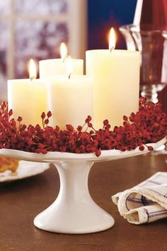 25 Red and White Christmas Decoration Ideas Need some cool ideas and inspiration to decorate your home this holiday Season? Check out these 25 Red and White Christmas Decoration Ideas and have fun! Noel Christmas, All Things Christmas, Winter Christmas, Christmas Candles, Simple Christmas, Advent Candles, Magical Christmas, Elegant Christmas Decor, Homemade Christmas