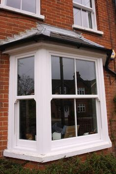 Beautiful sash windows, specifically designed for homeowners in Croydon, Bromley and London. Upvc Sash Windows, Sliding Windows, Casement Windows, Windows And Doors, Cottage Windows, House Windows, Bay Windows, Bay Window Exterior, Bay Window Living Room
